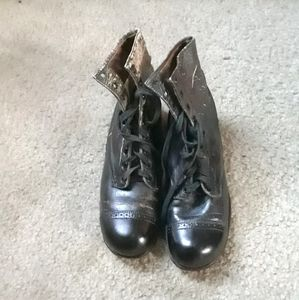 1900s boots